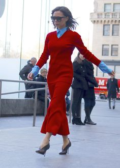 VICTORIA BECKHAM 2017 | VICTORIA BECKHAM Leaves an Office in New York 02/06/2017 - HawtCelebs ...