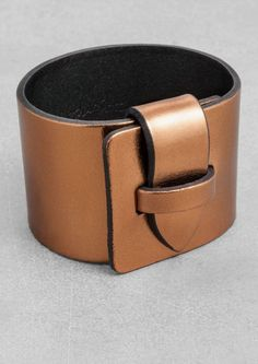 & Other Stories Metallic Leather Cuff in Bronze/Copper