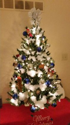 I can't decide if I like my tree.