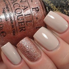 Pretty rose gold and nude nail color ideas,neutral nail color ,nude nail color ,glitter nail + nude nails
