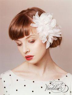 小物とヘアスタイルについて考える|Jasmine's Palace Wedding - パレスホテルの花嫁 -