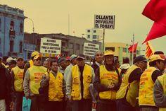 Miles de ciudadanos peruanos se movilizaron el sábado 27 de julio por las principales calles del centro de Lima rumbo al Congreso de la República. #TomaLaCalle se consagró como una de las marchas más multitudinarias. Empezó pacífica, pero luego, con la represión policial, y sus gases todo se descontroló [Fotos: Leidy Benites / Spacio Libre]