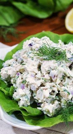 Tzatziki Chicken Salad (cucumber and greek yogurt chicken salad) More