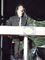 Lawrence Gowan of Styx.JPG