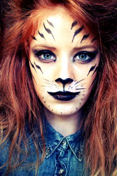 DIY Halloween Makeup Looks Halloween Tiger Makeup, Animal Makeup, Cat Makeup, Fairy Makeup, Mermaid Makeup, Makeup Art, Makeup Ideas, Mermaid Hair, Tiger Halloween