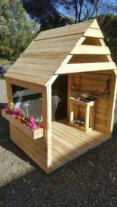 Diy kids outdoor play area ideas boys mud kitchen 35 ideas – make Backyard Playground, Backyard For Kids, Garden Kids, Baby Garden Ideas, Backyard Play Areas, Pallet Playground, Kids Yard, Children Playground, Outdoor Play Spaces