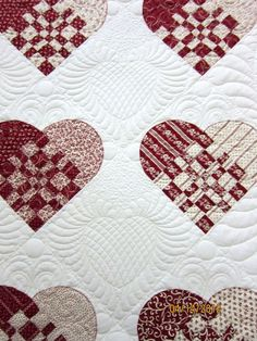 Hearts quilting, quilt show photos by Nonnie's Quilting Dreams