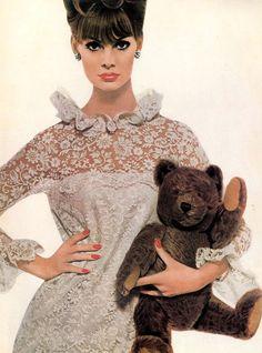 Jean Shrimpton for Revlon ad, 1965