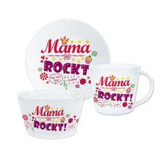 Geschenkset »Mama rockt«  Mit diesem coolen Geschenk-Set bestehend aus Tasse, Teller und Schale zeigst Du Deiner Mama, dass sie der Hit ist! Das Design des rockig-bunten Trios ist mit viel Liebe zum Detail auf den Text abgestimmt. So kann Deine Mutter schon beim Frühstücken an ihre/n liebe/n Tochter/ Sohn denken. Nur 19,99 € http://sheepworld.de/shop/Weihnachten/Geschenk-Sets/Geschenkset-Mama-rockt.html
