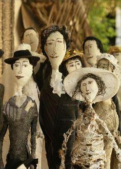 Pascale Drivière textile art historical style dolls Fabric Dolls, Fabric Art, Paper Dolls, Textiles, Art Fil, Marionette, Art Textile, Paperclay, Creepy Dolls