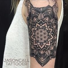 Mandala tattoo. Jason Call, Dallas, Texas, Gold Dust Tattoo, Line work
