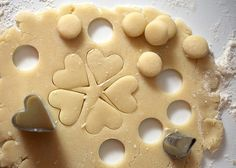Making Mini Sugar Cookies by Bakerella, via Flickr