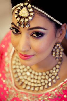 Indian Wedding Latest Style Indian Bridal Outfits makeup ideas for indian costume - Makeup Ideas Indian Wedding Photos, Indian Wedding Fashion, Indian Bridal Outfits, Indian Fashion, Wedding Outfits, Indian Weddings, Bridal Fashion, Dress Fashion, Real Weddings