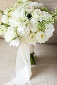 Wedding Bouquet - a mandatory attribute of the wedding, the part of the image of each bride. It must be correctly selected in composition. Ivory Rose Bouquet, Rose Wedding Bouquet, White Wedding Bouquets, Wedding Flower Arrangements, Bride Bouquets, Lisianthus Wedding Bouquet, Boquet, Wedding Dresses, Wedding Cake
