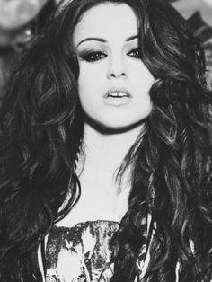 Cher Lloyd hair, she's so pretty.