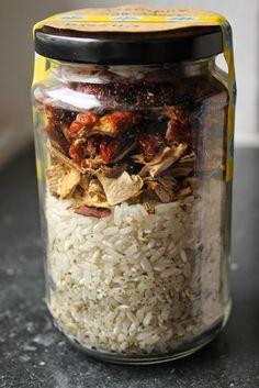 Gourmandises végétariennes: Geschenke aus der Küche: Steinpilz Tomaten Risotto im Glas