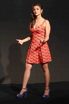 Alia Bhatt Looks Irresistibly Sexy At Colors Infinity Channel Launch Event