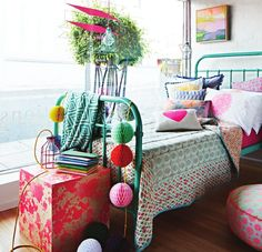 paint bed a bright color