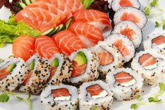 The increase in the popularity of eating raw fish in sushi and sashimi dishes has been blamed for a parallel increase in cases of anisakiasis. Love Food, A Food, Food And Drink, Sushi Rolls, Food Porn, Sashimi, Sushi Co, Kimbap, Food Goals