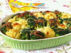 » Gratin de conopida si broccoliCulorile din Farfurie Romanian Food, Broccoli, Mashed Potatoes, Cauliflower, Food And Drink, Cooking Recipes, Vegetables, Breakfast, Ethnic Recipes