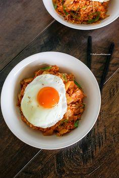 kimchi pasta with bacon and sesame seeds recipes dishmaps kimchi pasta ...