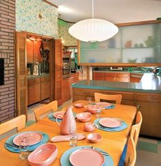 Atomic Ranch mid century modern kitchen/dining