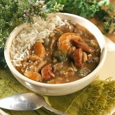 Lots of great seafood cuisine is prepared at my oceanfront home! One of my favorite dishes is Seafood GUMBO! It is a low fat recipe, and challenging if no oil or salt is used. How does one make a roux without flour, oil and butter? Cajun Recipes, Seafood Recipes, Soup Recipes, Gumbo Recipes, Cajun Food, Seafood Dishes, Rajun Cajun, Okra Recipes, Soups