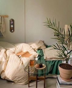 Room Ideas Bedroom, Interior, Home, Home Bedroom, House Rooms, Room Inspiration, House Interior, Room Inspo, Dream Rooms