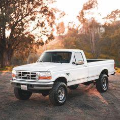 Classic Ford Trucks, Old Ford Trucks, 4x4 Trucks, Chevrolet Trucks, Cool Trucks, 1957 Chevrolet, Chevrolet Impala, Lifted Trucks, Chevy