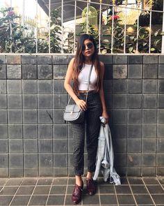"6,071 Likes, 33 Comments - Riya Jain (@caughtinacuff) on Instagram: ""Running errands kinda morning 🏃 P.S.- Selling these pants on @spoylapp ✌🏻 #WhatIWore #Ootd…"""