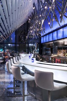 Bar at the Grand Hyatt New York by Bentel & Bentel Architects. Enjoy happy hour and talk about all the fabulous people you've met and ideas you've shared at Smart Meetings New York: http://hubs.ly/y03RqH0