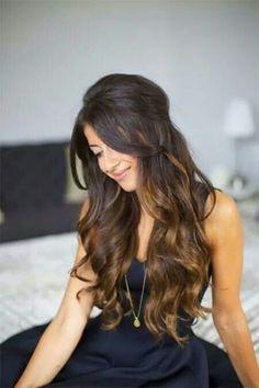 Media cola en cabello largo