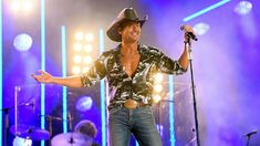 CMA Fest stars mix country with hip-hop and rock in memorable performances This years CMA Fest in Nashville has included some memorable moments and Saturday nights shows were no different. Cma Music Festival, Cma Fest, Insanity Workout, Best Cardio Workout, Workout Fitness, Fitness Tips, Tony Horton, The Obesity Code, Florida Georgia Line