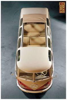 Volkswagen Type-2, 23-window, split-screen