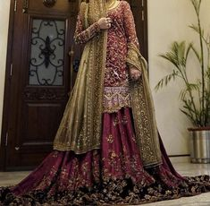 Inbox us to order ✉📬 Or contact 📞 +923074745633 📞☎ (WhatsApp ✔) #pakistanidresses #womensclothing #beautifuldress #partydress #latestcollection #bridaldresses #mehndidresses #womensfashion #fashiondresses #latestfashiondresses #lifestylefashion #trendycollection #weddingdresses2021 Bridal Mehndi Dresses, Bridal Wedding Dresses, Pakistani Bridal, Pakistani Dresses, Sari, Brides, Photos, Instagram, Fashion