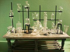 Good Sam Showcase of Miniatures: Lighting and Chemistry Glassware from England - create your very own 'lab'; Haunted Dollhouse, Dollhouse Miniatures, Mad Scientist Lab, Chemistry Labs, Chemistry Lab Equipment, Science Equipment, Bruce Banner, Show Lights, Miniture Things