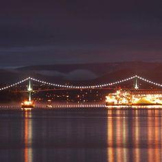 Vancouver views . . . #yvr #vancouver #lionsgate #burrardinlet #vancity #weatcoast #explorecanada #canada150 #explorebc #ilovebc #ocean #wetcoast #rainyday #wallstreet #eastvan #hastingssunrise #eastvillage #travel #instatravel