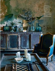 Debra Cronin David Woolley Elle Decoration-Oh can you stand this???  The walls are divine, the colors drippy beautiful.  LOVE LOVE LOVE