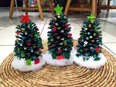 Decorate Pinecone Christmas Trees