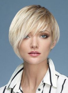 Dressing yourself with our designer short wigs and make you look like stylish and fashion. Short wigs online shopping is your best choice. These short wigs are ideal for looking chic and feeling cool. Asymetrical Haircut, Short Asymmetrical Hairstyles, Short Shag Hairstyles, Short Hair Wigs, Short Hairstyles For Women, Hairstyles With Bangs, Human Hair Wigs, Straight Hairstyles, Short Hair Styles
