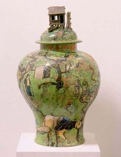 green - vase - Grayson Perry - Poverty Chinoiserie  2003 - ceramic