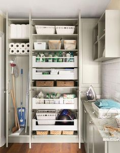 Impeccable Pantry Design for Kitchen - Des Home Design Utility Room Storage, Utility Closet, Laundry Room Organization, Laundry Room Design, Closet Organisation, Laundry Storage, Closet Storage, Storage Shelves, Storage Ideas