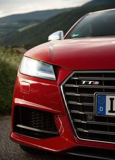 2016 audi TTS coupé.