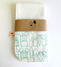 burp cloth packaging - simple & attractive