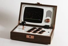 I invite you to discover the creations by Love Hultèn, a Swedish designer and craftsman, passionate about video games and music. Portable wooden arcade with a