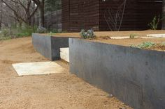 Custom welded iron retaining wall with limestone steps.- Custom welded iron retaining wall with limestone steps. Custom welded iron retaining wall with limestone steps. Simple Garden Designs, Zen Garden Design, Love Garden, Landscape Walls, Landscape Architecture, Landscape Design, Contemporary Landscape, Modern Landscaping, Backyard Landscaping
