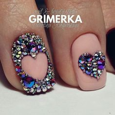 ❤Really cute nail art done with rhinestones #nailart