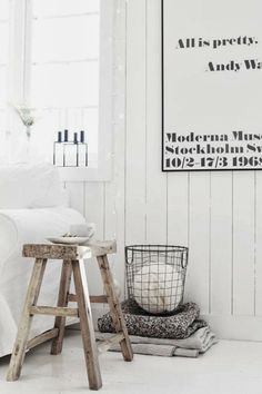 Find new ways to incorporate colorful storage baskets and storage basket ideas into your interior design in your living room, dining room, bedroom, bathroom, and entryway with these versatile home decor accessories. Nordic Interior, Interior Decorating, Interior Design, Home And Deco, Scandinavian Interior, Scandinavian Style, Storage Baskets, Home And Living, Living Room