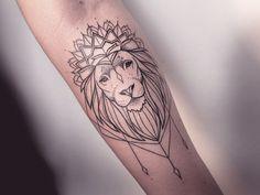 Tatto, lion
