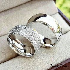 His and Hers wedding bands - Eheringe Stackable Diamond Rings, White Diamond Ring, Round Diamond Ring, Matching Wedding Rings, Silver Wedding Rings, Silver Rings, Wedding Ring Guide, Wedding Bands, Couple Rings